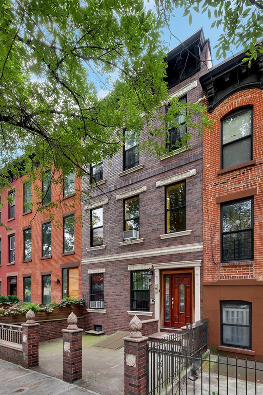 6 Townhouse in Crown Heights