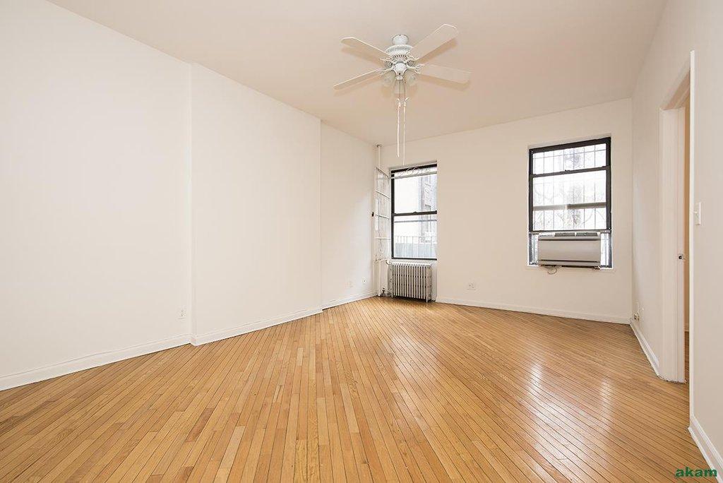 apartment image 3