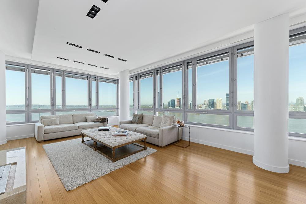 4 Bedrooms Condo For Rent In Battery Park City