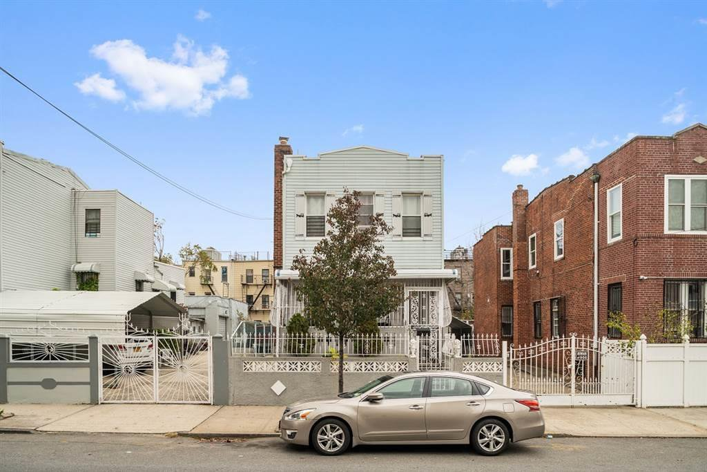 4 Townhouse in Woodhaven