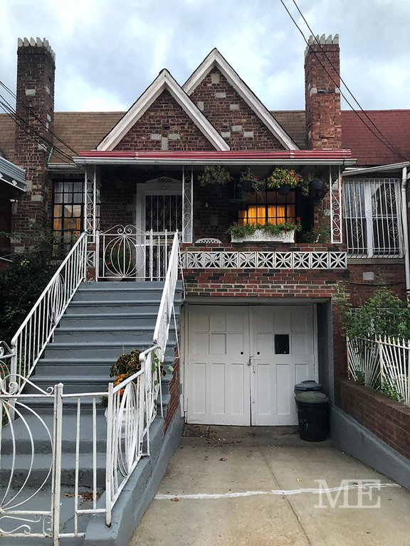 4 Townhouse in Brownsville