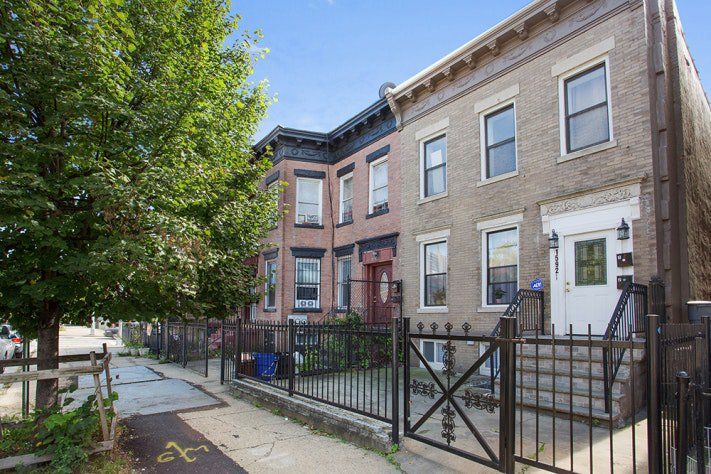 5 Townhouse in Brownsville