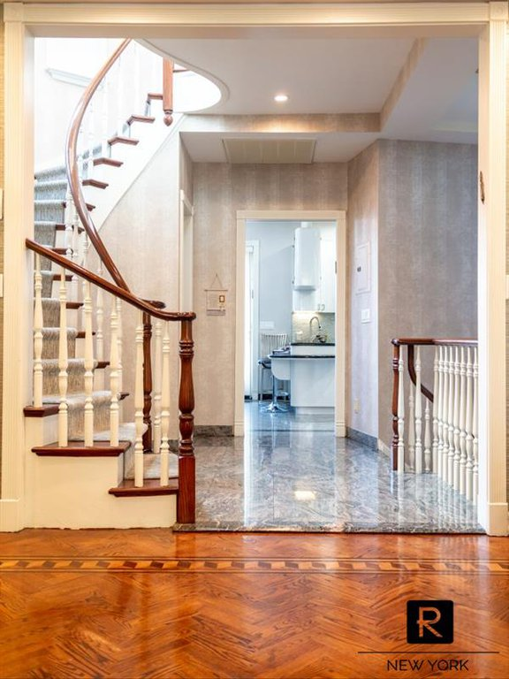 4 Townhouse in Midwood
