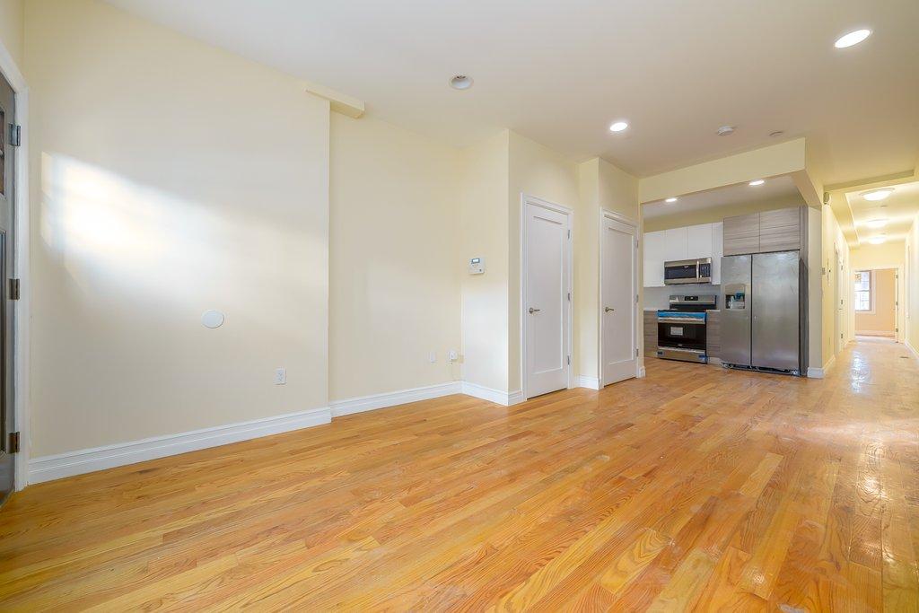 237 79th Street 1 Brooklyn Ny 11209 Brooklyn Apartments Bay Ridge 3 Bedroom Apartment For