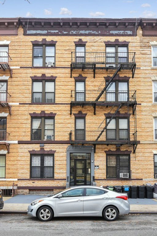 12 Townhouse in Crown Heights