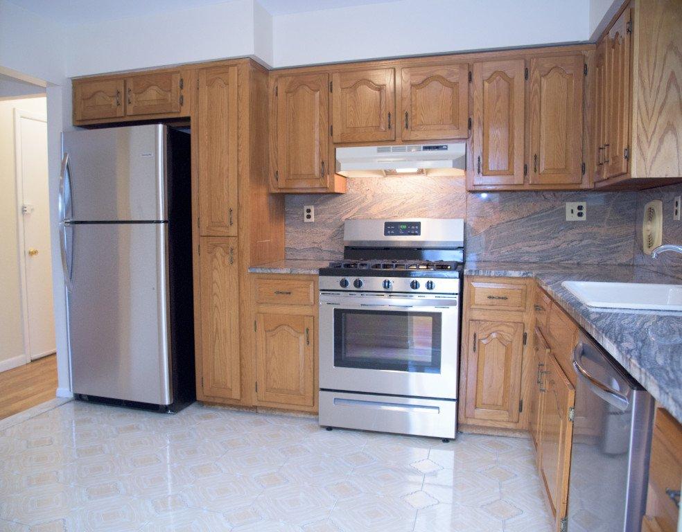 3 Apartment in Pelham Parkway