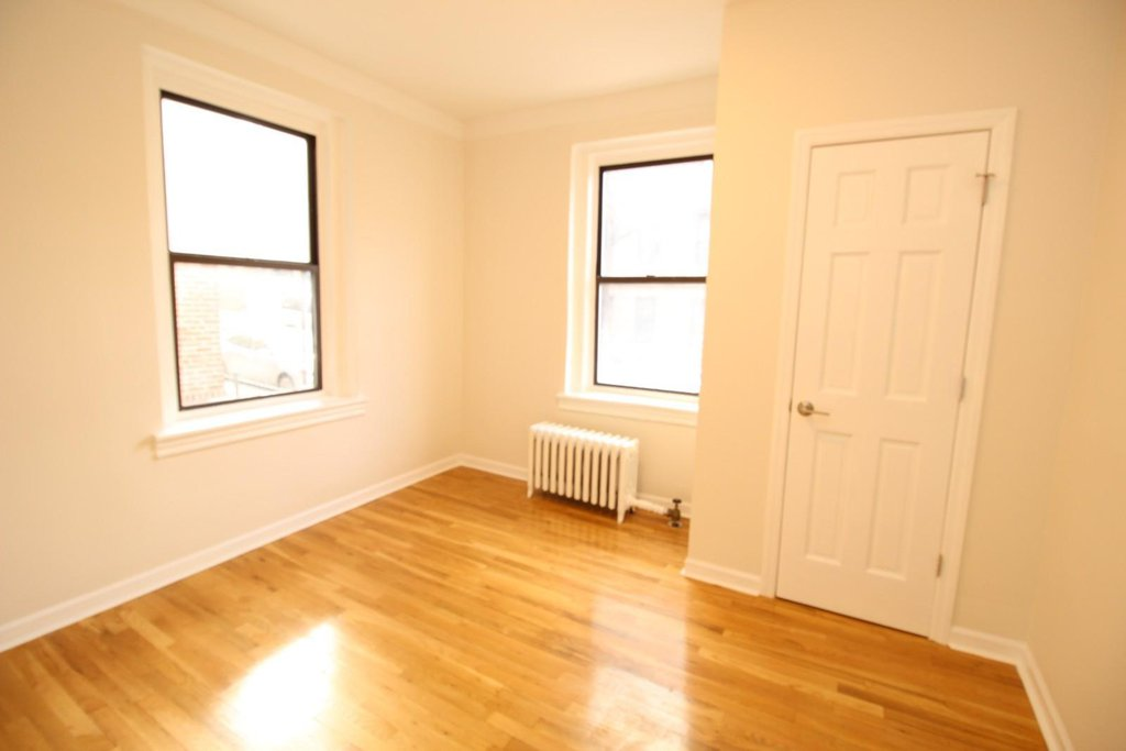 apartment image 3