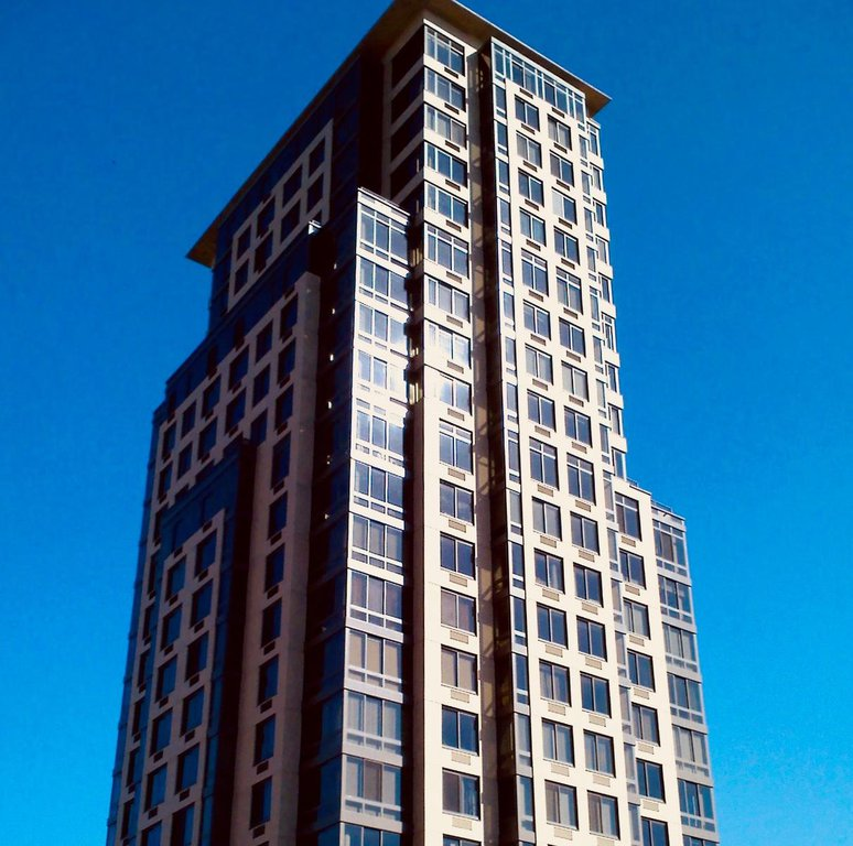 3 Condo in Forest Hills