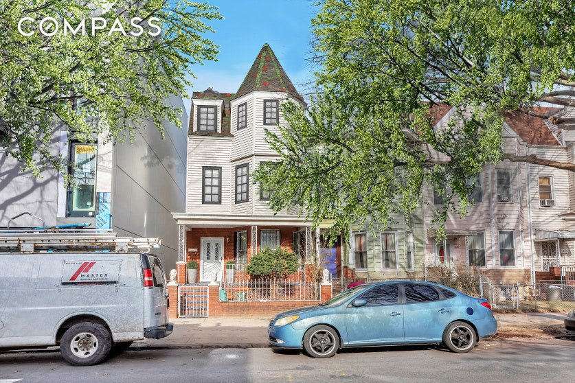 7 Townhouse in Prospect Lefferts Gardens