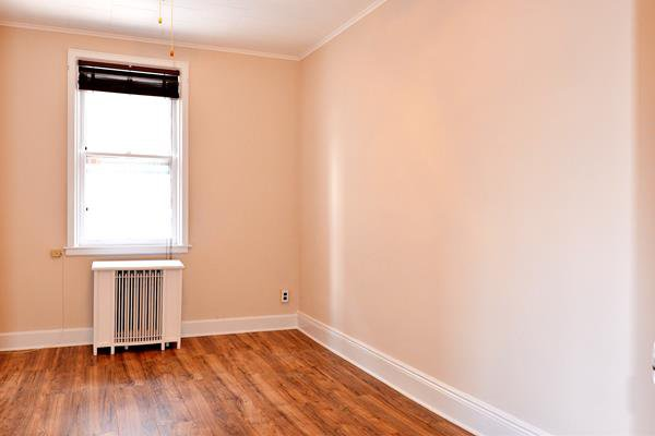 2 Townhouse in Bensonhurst