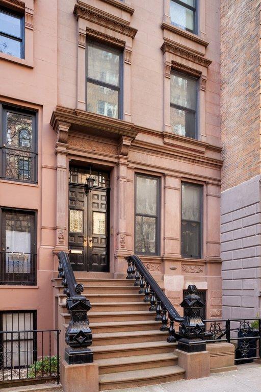 6 Townhouse in Upper West Side