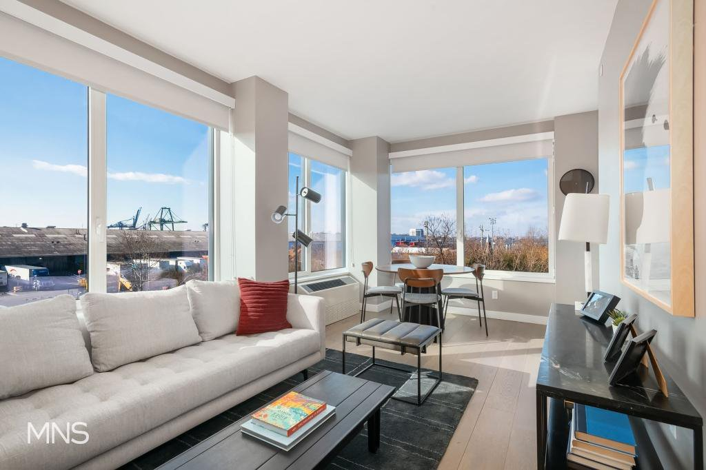 2 Apartment in Brooklyn Heights