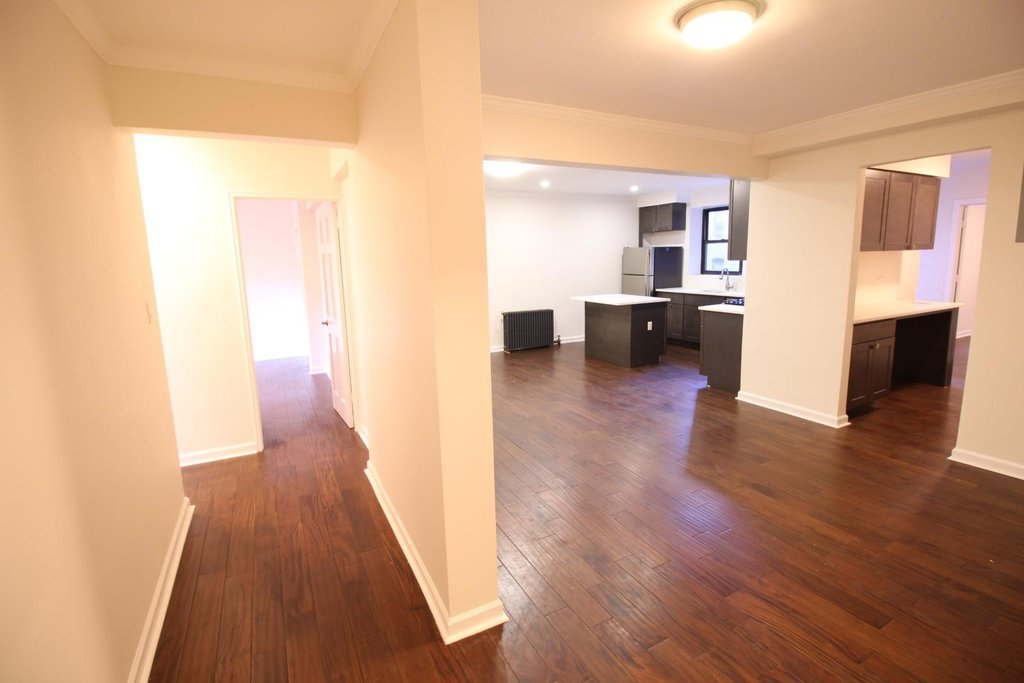 3 Apartment in Flushing