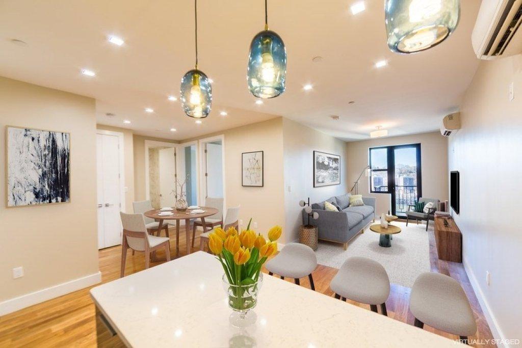 2 Apartment in Highbridge