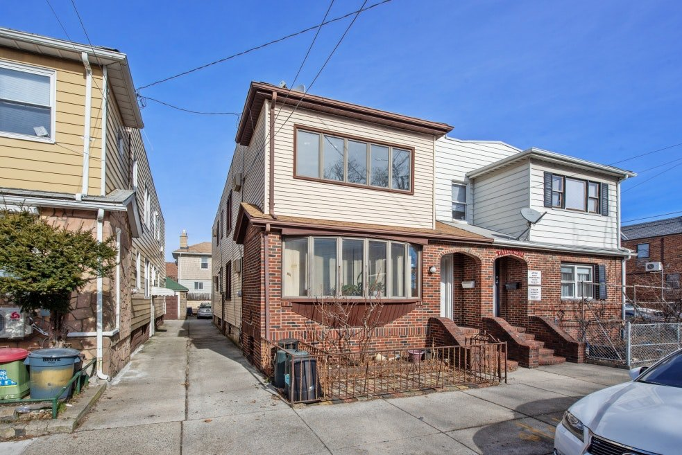 3 Townhouse in Sheepshead Bay