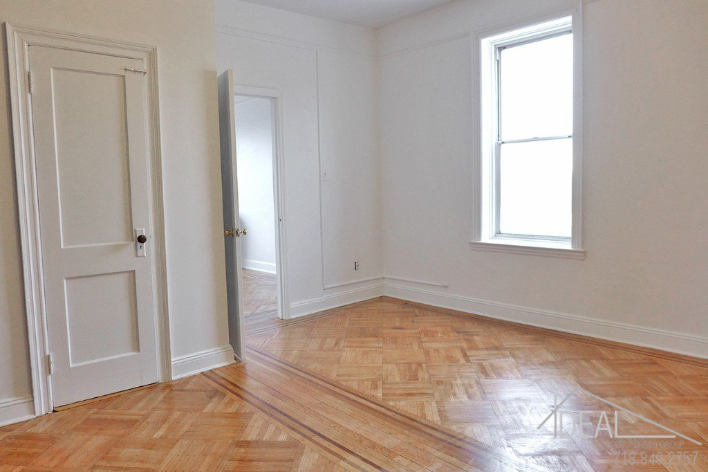 1 Apartment in Cobble Hill