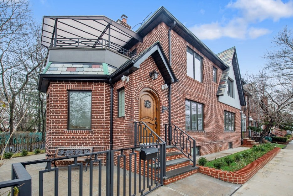5 Townhouse in Midwood