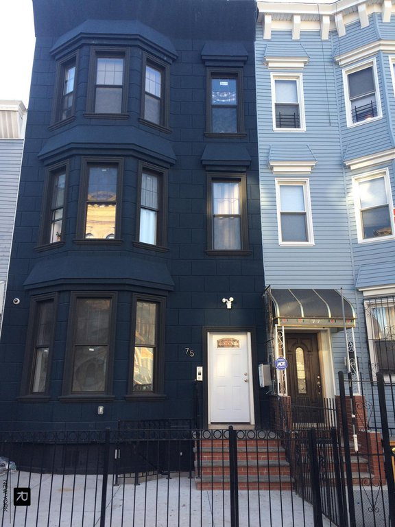 10 Townhouse in Bushwick