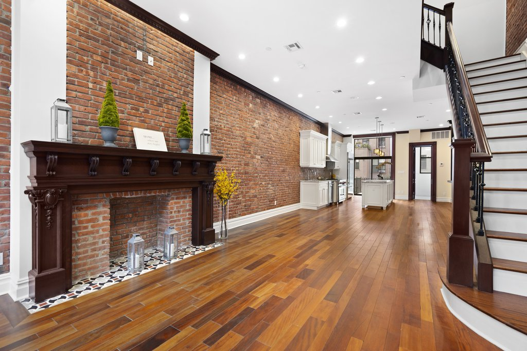 Studio Townhouse in Central Harlem