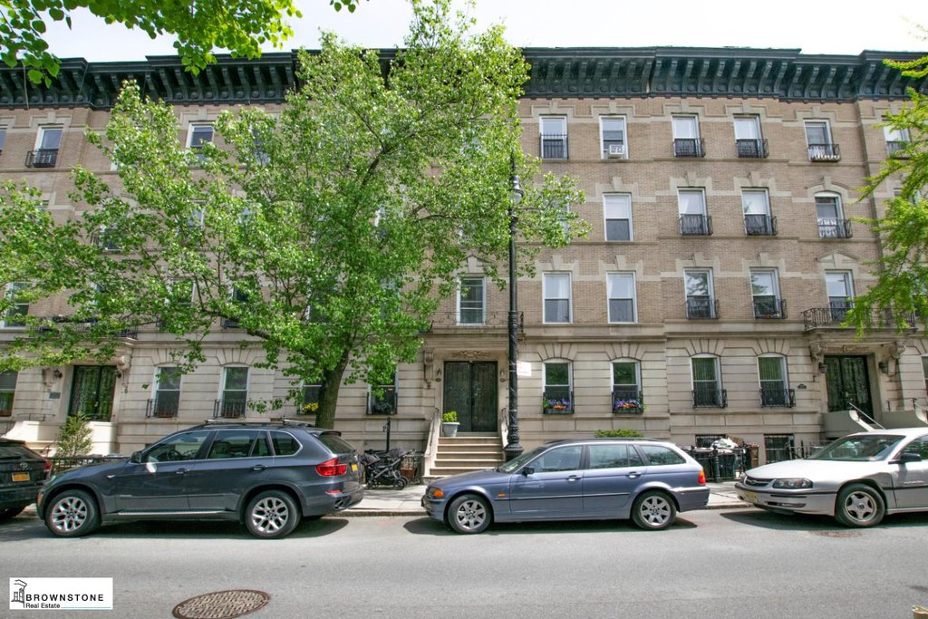 27 Townhouse in Carroll Gardens