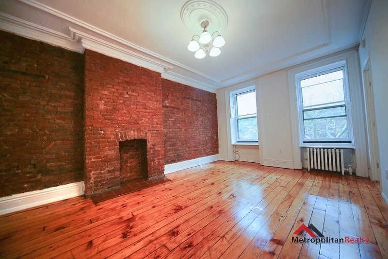 3 Apartment in Prospect Heights