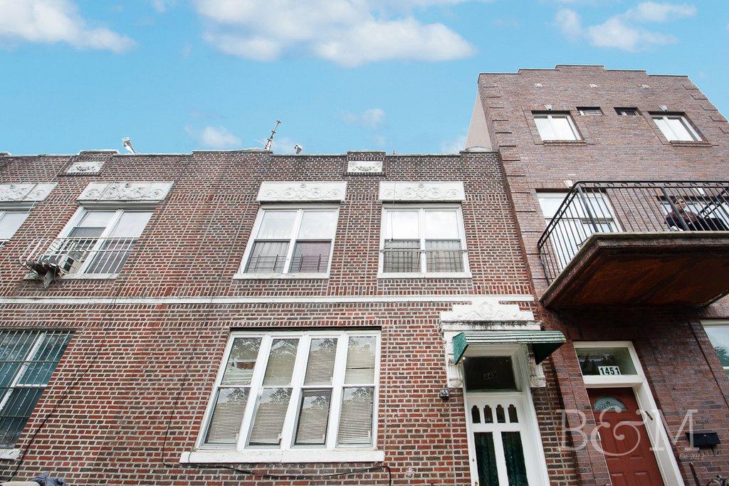 6 Apartment in Borough Park