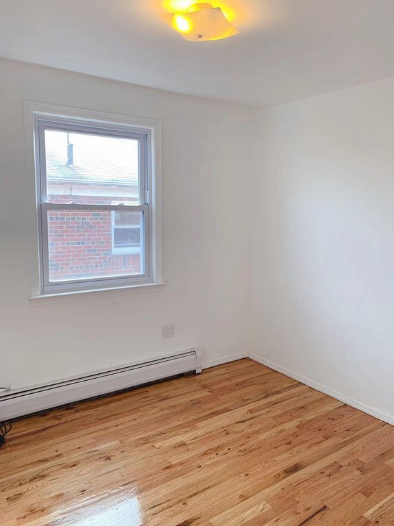 3 Townhouse in Flushing