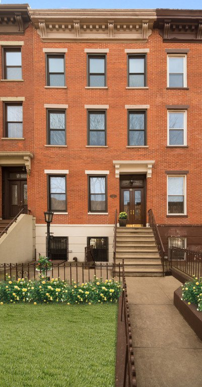 5 Townhouse in Carroll Gardens