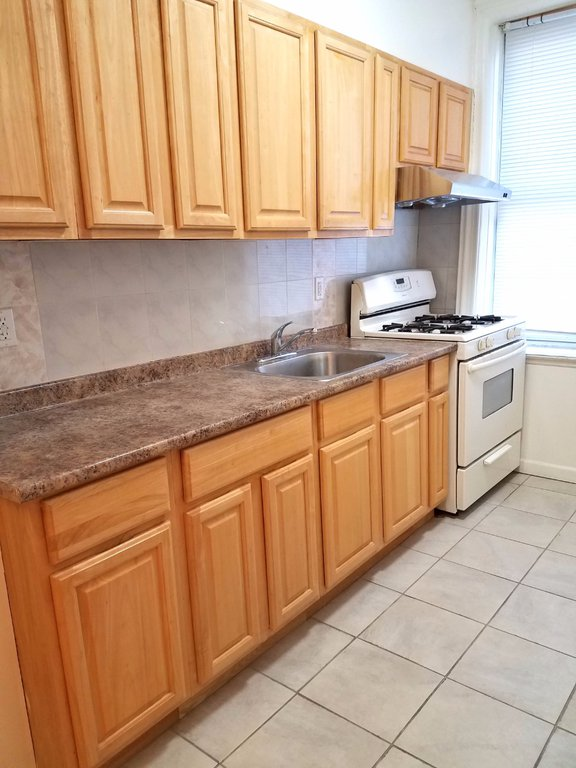 4 Apartment in Sheepshead Bay