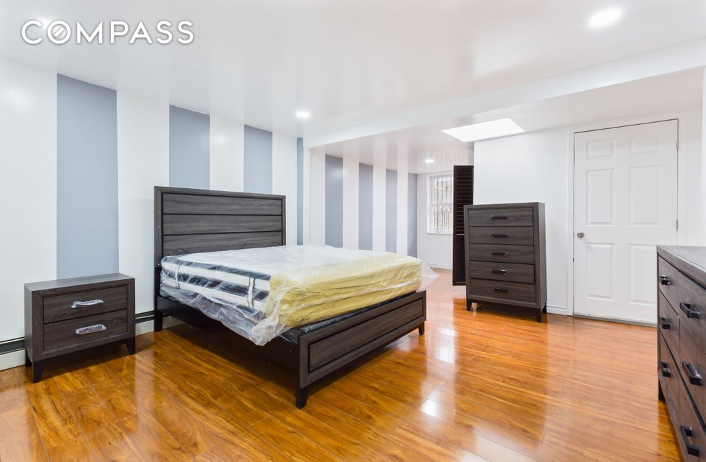 Excellent 970 Bergen Street Brooklyn Ny 11216 Brooklyn Townhouses Download Free Architecture Designs Ogrambritishbridgeorg