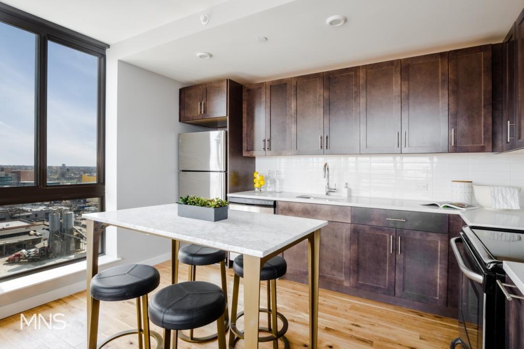 2 Apartment in Briarwood