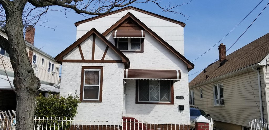 4 Townhouse in Springfield Gardens