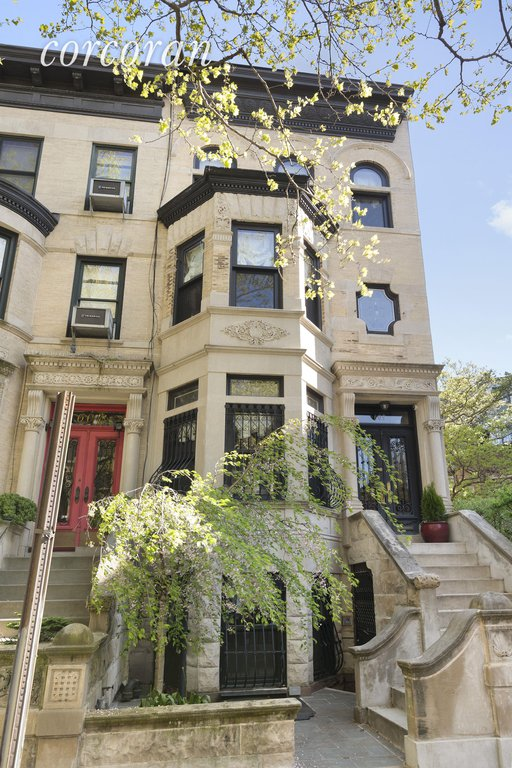 Studio Townhouse in Park Slope