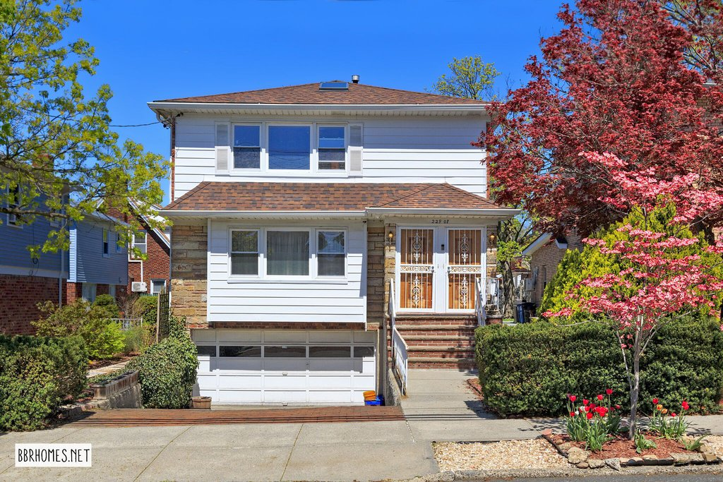 6 Townhouse in Oakland Gardens