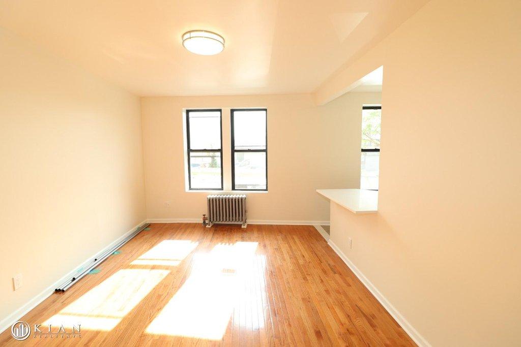 3 Apartment in Flushing