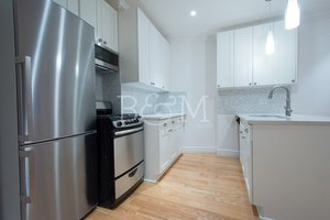 3 Condo in Windsor Terrace