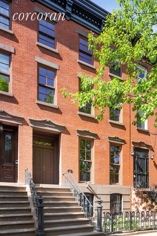 Studio Townhouse in Clinton Hill