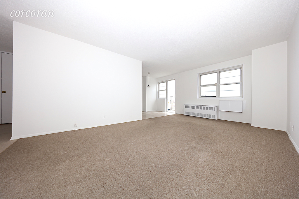 2 Apartment in Woodside