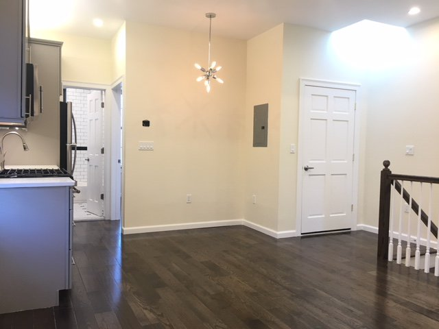 2 Townhouse in Greenwood