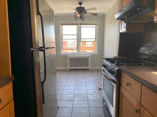 2 Apartment in Ditmars-Steinway