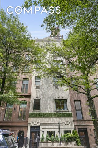 8 Townhouse in Murray Hill