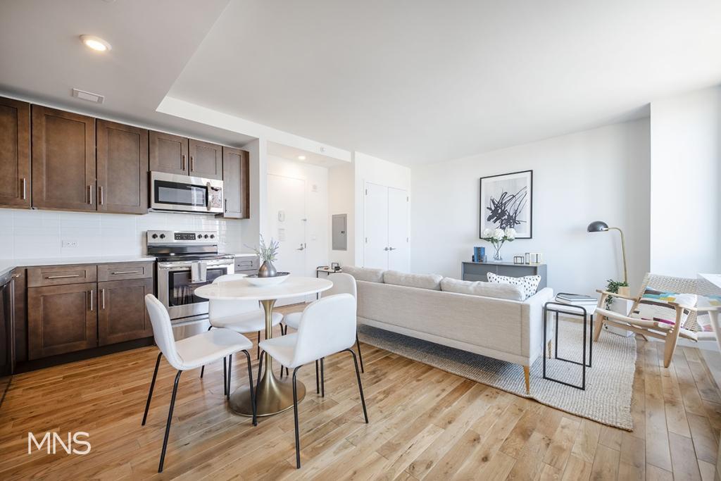 1 Apartment in Briarwood