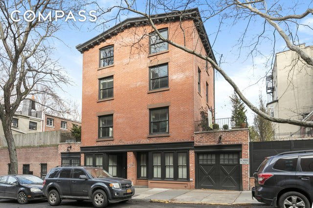 3 Townhouse in Brooklyn Heights