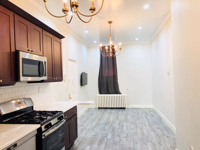 3 Apartment in Red Hook