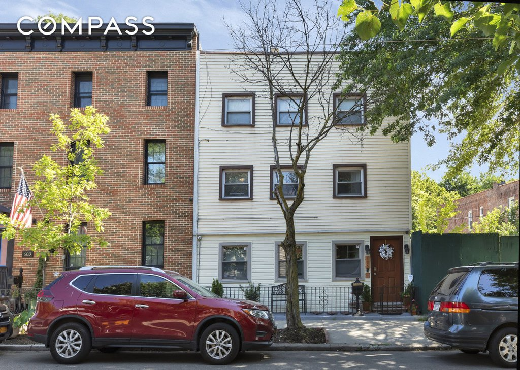 5 Townhouse in Windsor Terrace