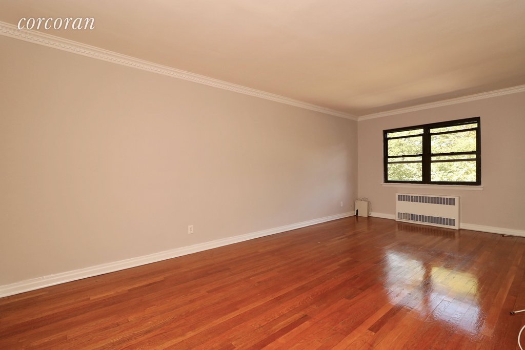 2 Apartment in Middle Village