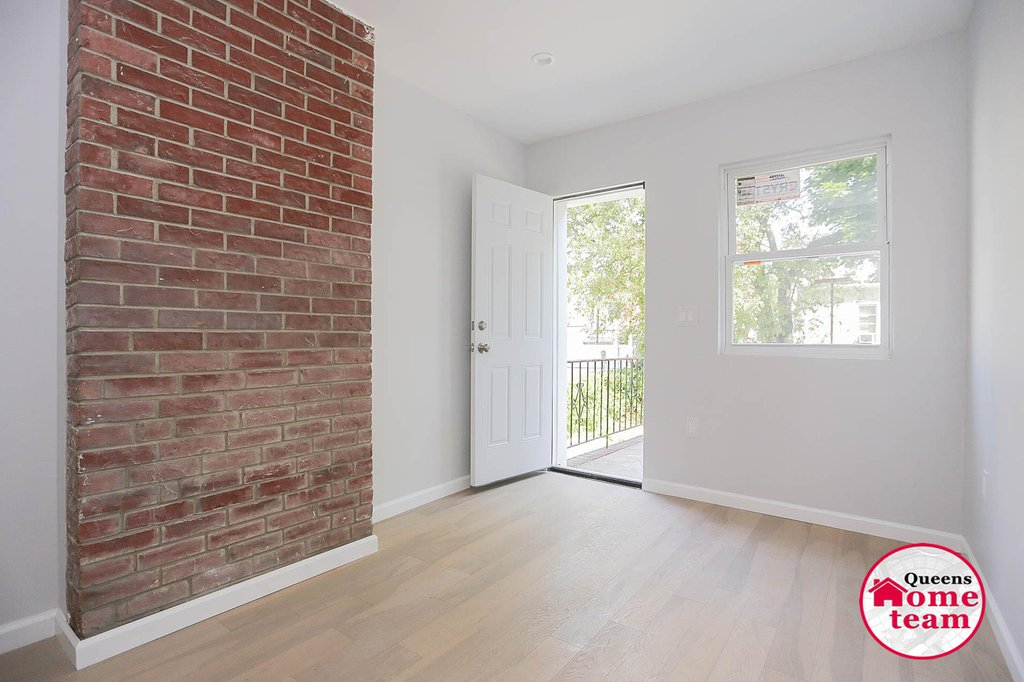 7 Townhouse in Woodhaven