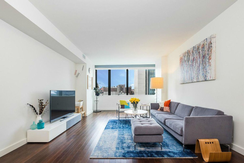 2 Condo in Forest Hills
