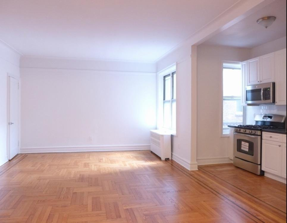 2 Condo in Windsor Terrace