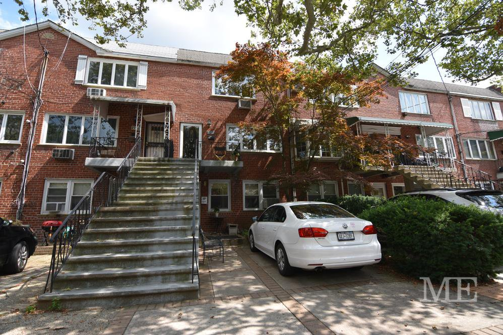 5 Townhouse in Mill Basin
